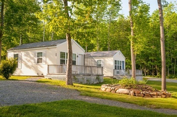 CABIN LODGING OPTIONS AT GLENMOOR BY THE SEA